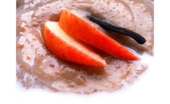 Pilngraudu uzpūtenis ar āboliem un vaniļu